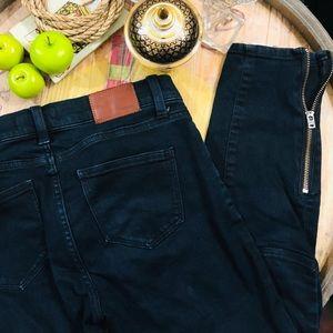 Madewell Skinny Skinny Zip Jeans in Rebel Wash 27